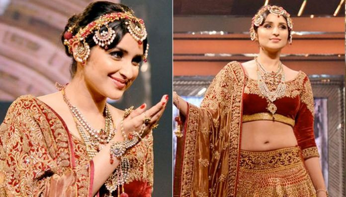 Hair accessories made famous by Bollywood