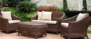 Rattan garden sofa -A perfect must have for the spring!!