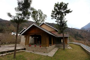 Add some thrill to your holiday by residing in these unique accommodations in India